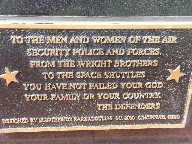 Defender_Statue_Plaque